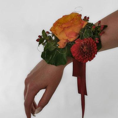 Hochzeit - Armband mit Rose und Dahlie